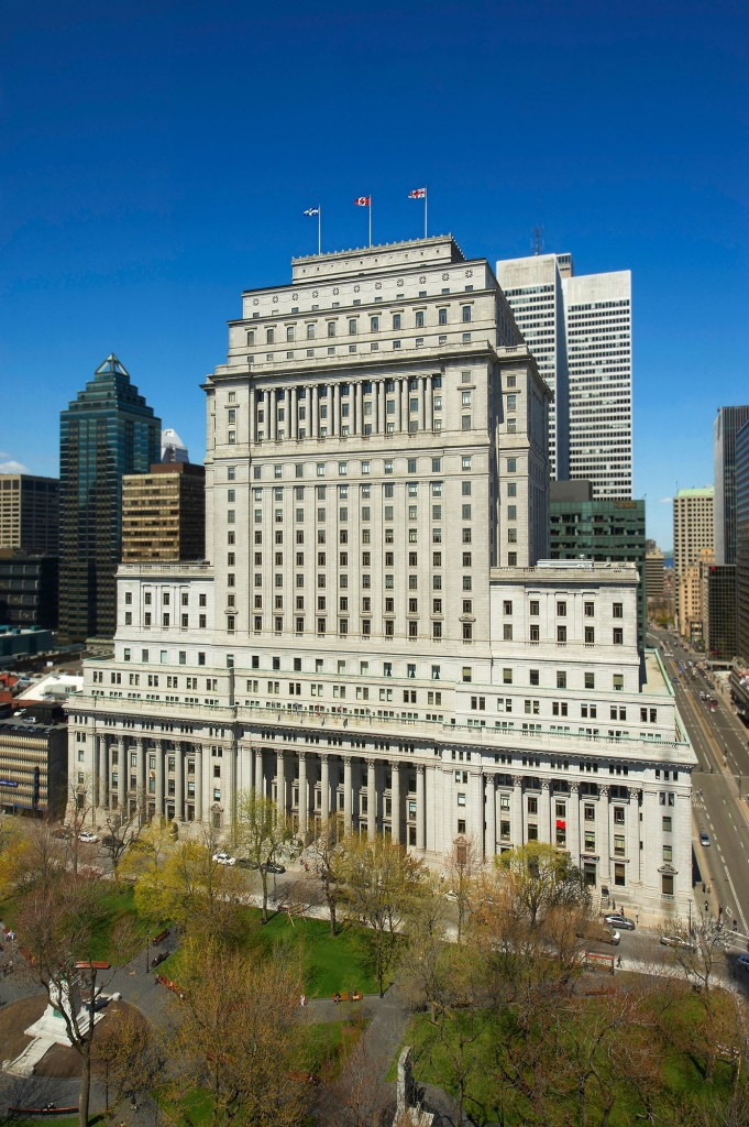 BENTALL KENNEDY - Sun Life Building: '13 Commerc. Heritage Award