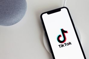 """How Tiktok Uses Censorship on Its """"For You"""" Page"""